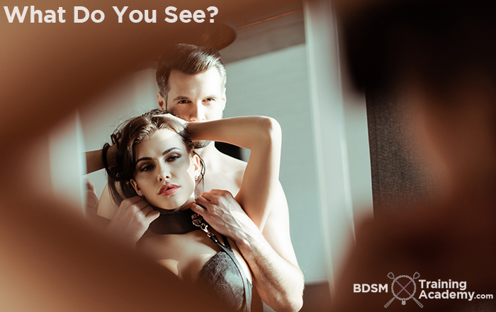Submissive Task BDSM What Do You See